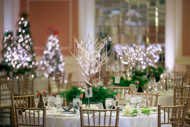 romantic Christmas wedding