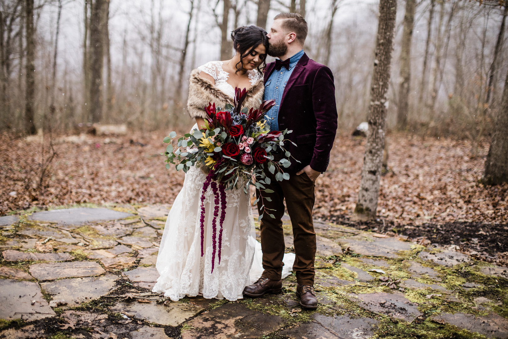 bold winter wedding