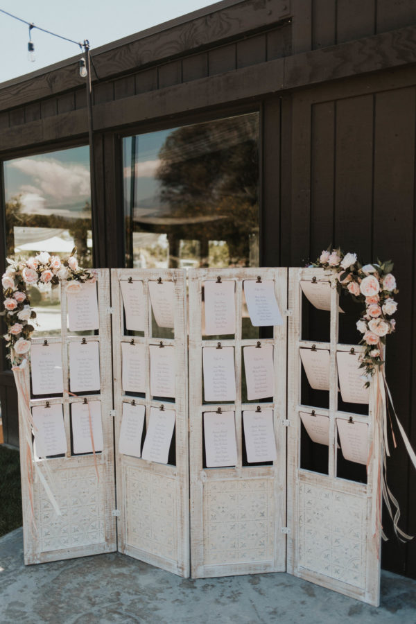 modern outdoor wedding
